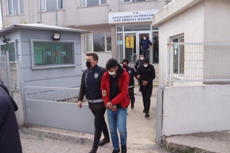 Bursa'da polis uyuşturucu tacirlerine göz açtırmıyor