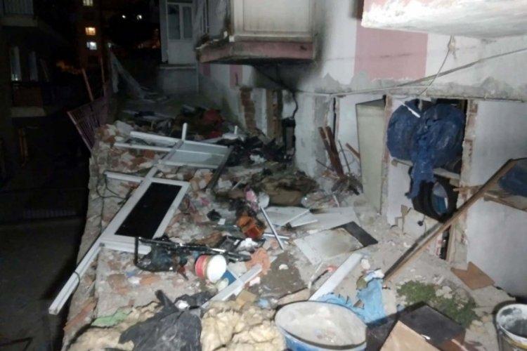 İki katlı binanın kömürlüğünde patlama: Karı-koca yaralandı