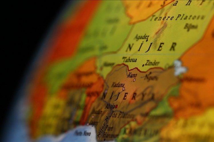 Petrol zengini Nijerya, 2,7 milyar dolarlık dış kredi alacak