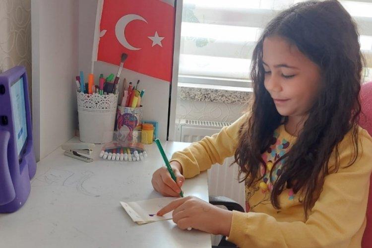 Bursa'da hareketli kitapla hayal güçlerini harekete geçirdiler