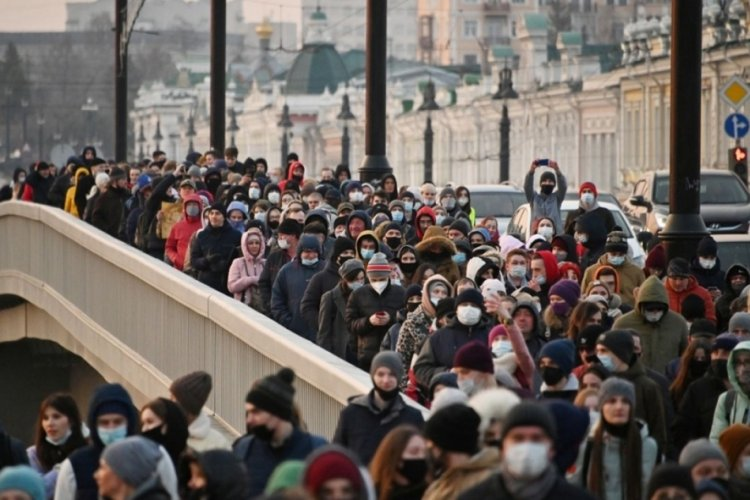 Rusya'da Navalny protestoları: Bin 700'den fazla kişi gözaltında