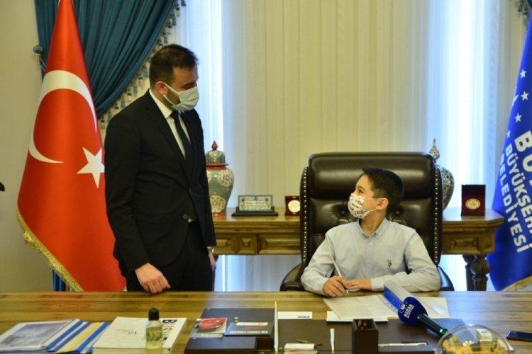Bursa Büyükşehir'de koltuk çocukların