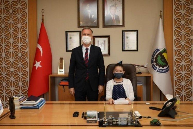 Bursa İnegöl Belediye Başkanı Taban makamını devretti
