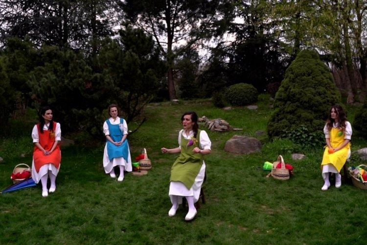 Bursa'da çocuklara özel bayram oyunu