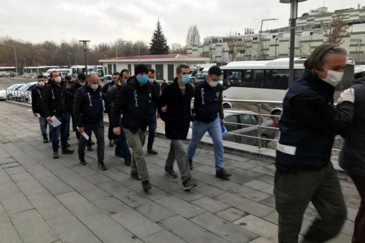 Başkent'te 11 FETÖ'cü yakalandı