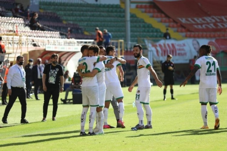 Alanyaspor, Gaziantep FK'yı 3 golle geçti