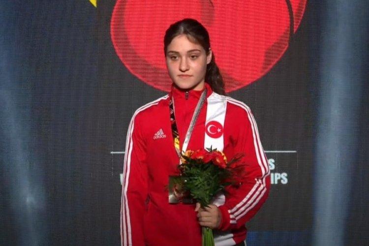 Büşra Işıldar Dünya şampiyonu oldu