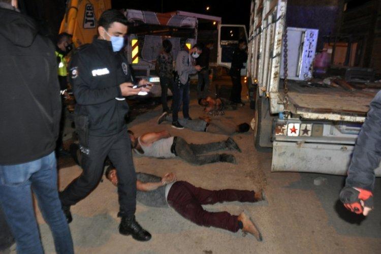 Hurdacı ailelerin balyozlu kavgası: 4 yaralı 13 gözaltı