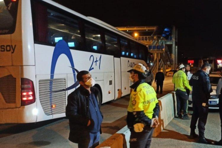 Biletsiz yolcu taşınan otobüste koronavirüs paniği