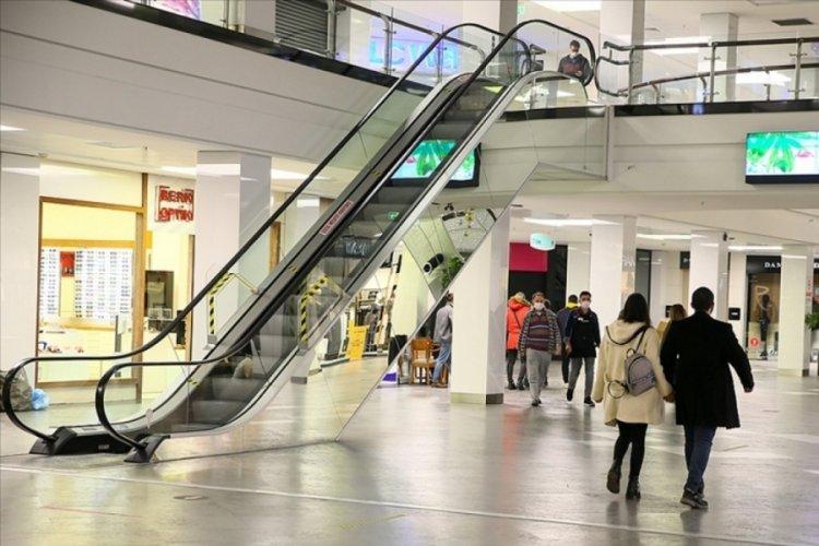 """Alışveriş Merkezleri Yöneticileri Derneği: """"AVM'ler kısıtlamalardan muaf tutulmalı"""""""