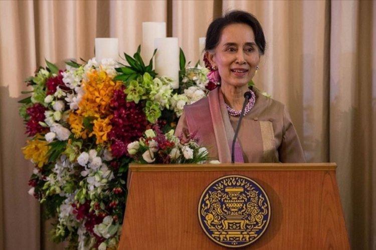 Myanmar'da devrik lider Suu Çii'nin mahkeme tarihi bir kez daha ertelendi