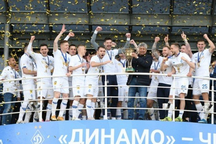 Dinamo Kiev'de şampiyonluk sevinci yaşanıyor