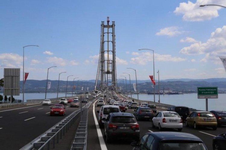 Akın: Tam kapanma döneminde hazine garantili otoyollar, köprüler için en az 1 milyar lira ödenecek