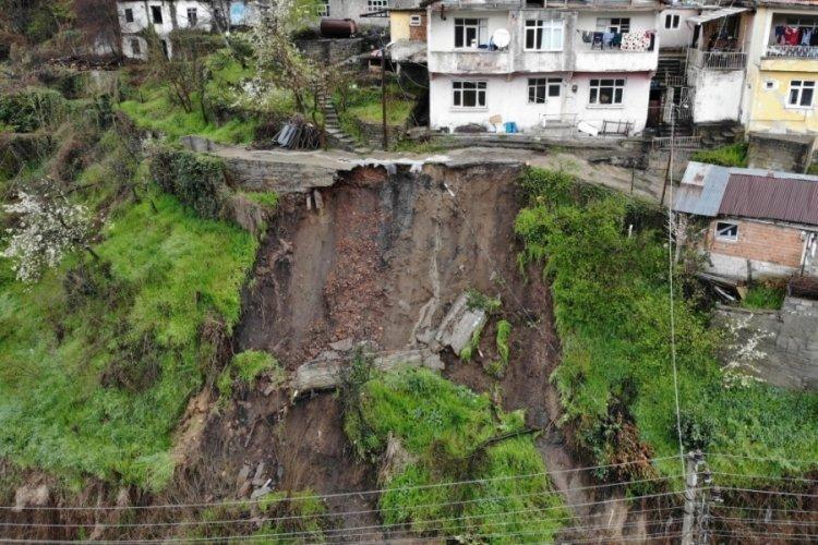 Zonguldak'ta heyelan nedeniyle 51 konut tahliye edildi