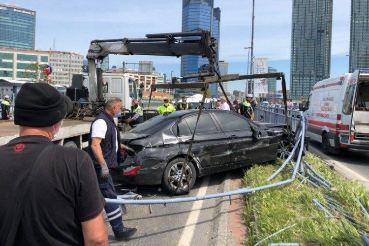 İstanbul Beşiktaş'ta feci kaza!  4 yaralı 11 araç hasar gördü