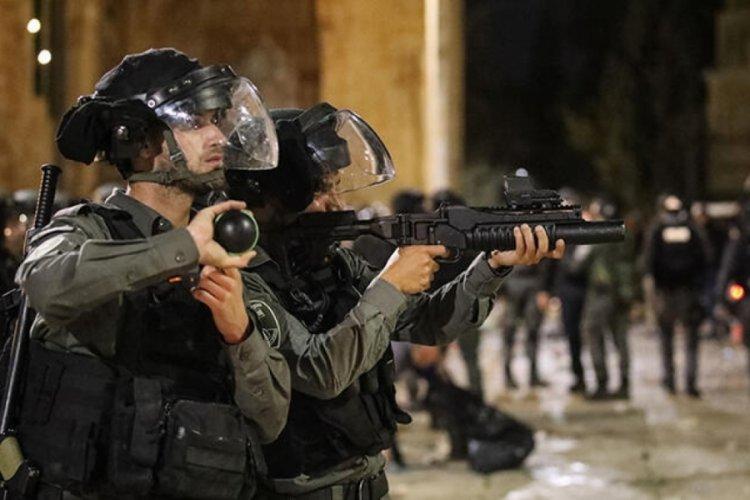 İsrail, Kadir Gecesi öncesinde Mescid-i Aksa'ya girişleri engelledi