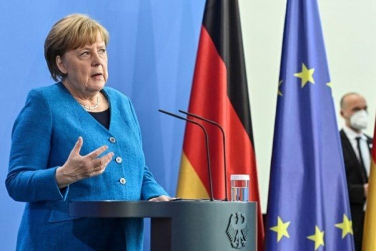 Angela Merkel'den aşı patenti açıklaması