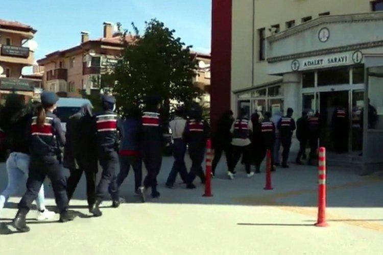 Sanal dolandırıcılık çetesi operasyonunda 11 tutuklama