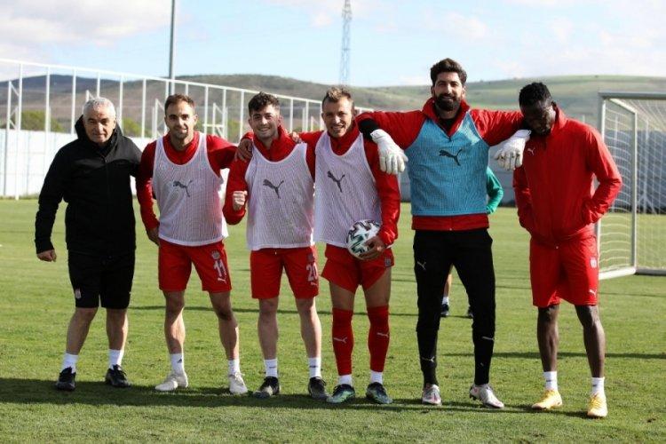 Sivasspor, Fenerbahçe maçı hazırlıklarına başladı