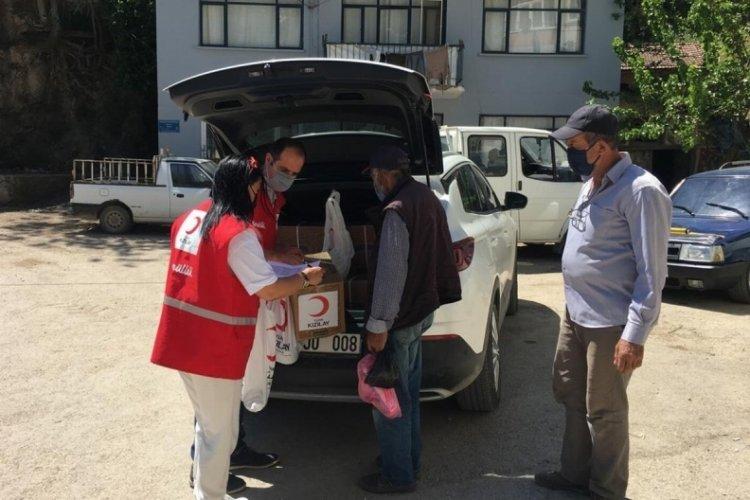 Türk Kızılay Bursa Mudanya'da 150 aileye yardım ulaştırdı