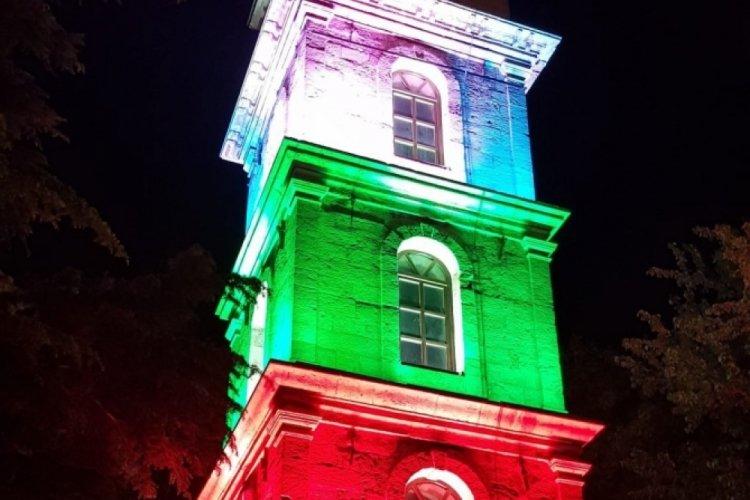 Bursa'da Tophane Saat Kulesi, Filistin için ışıklandırıldı