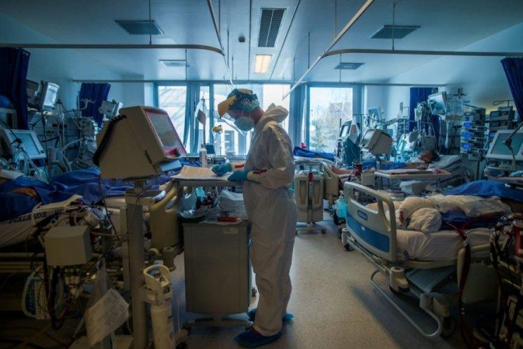 Almanya'da son 24 saatte korona virüsten 283 ölüm