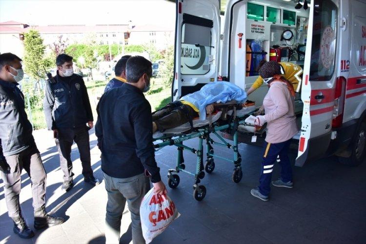 Köy minibüsünün devrilmesi sonucu 16 kişi yaralandı