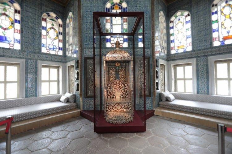 Topkapı Sarayı'nda 'Arife Tahtı' sergilenmeye başlandı