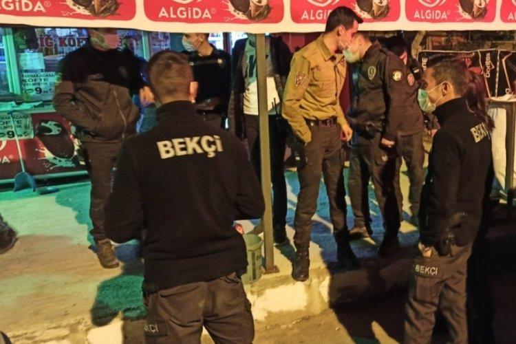 Alkol satışı yapan çiğ köfteciye polis baskını