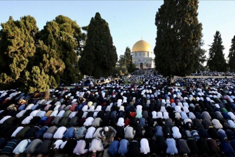 Filistinliler, Ramazan Bayramı namazını Mescid-i Aksa'da kıldı