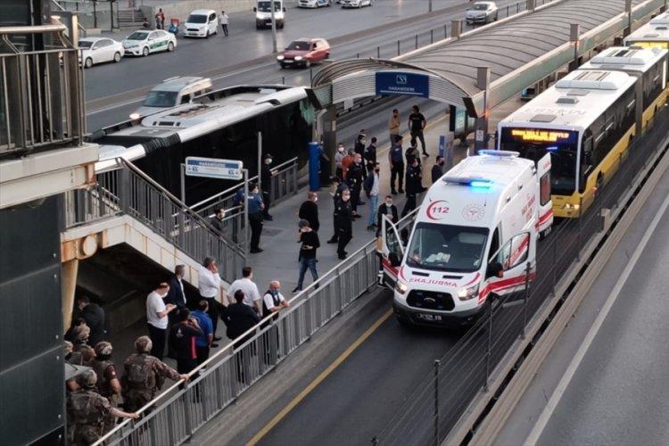 İstanbul'da metrobüste rehine krizi