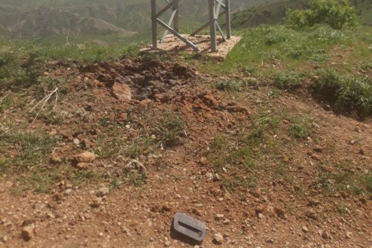 Teröristlerin yola döşediği EYP patlaması sonucu 2 kişi yaralandı