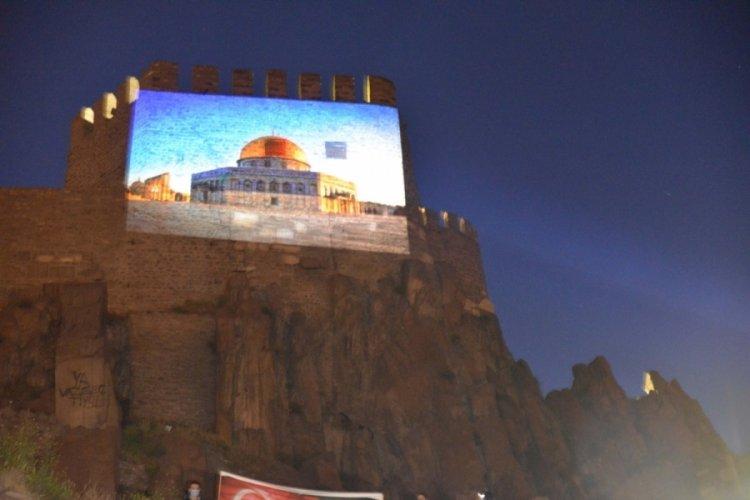 Ankara Kalesi'ne Filistin bayrağı ve Mescid-i Aksa görselleri yansıtıldı