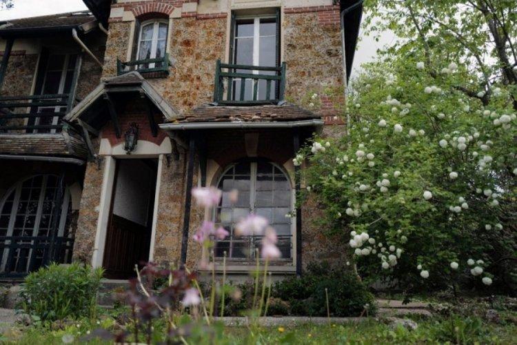 Marie Curie'nin evini Polonya satın alıyor