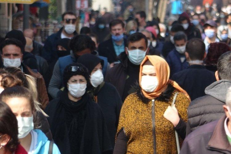 Türkiye'de 2 doz aşıdan sonra maskeler çıkarılabilir mi?