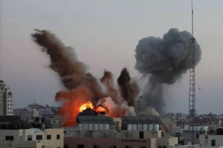 İsrail bakanlık binasına saldırdı!