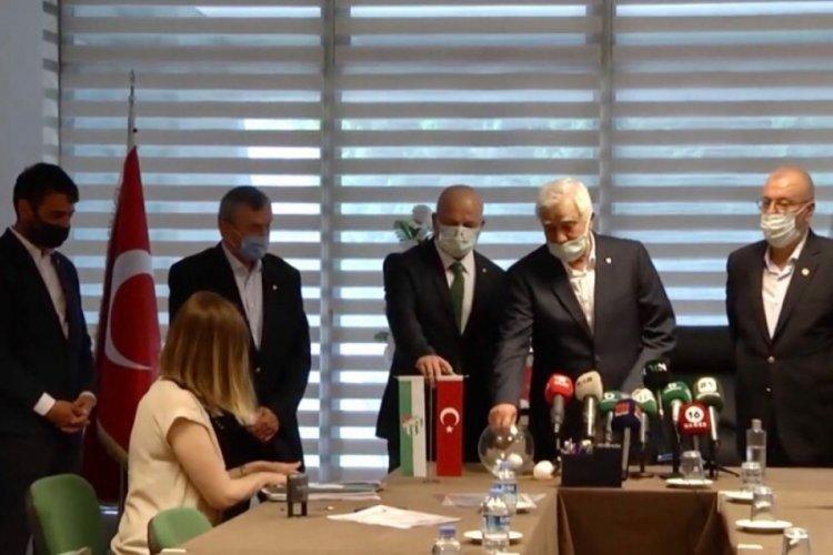 Bursaspor'da Gülgüler'i aday gösteren Adanur listesini verdi