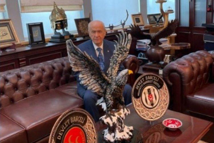 Bahçeli, Beşiktaş'ı tebrik etti