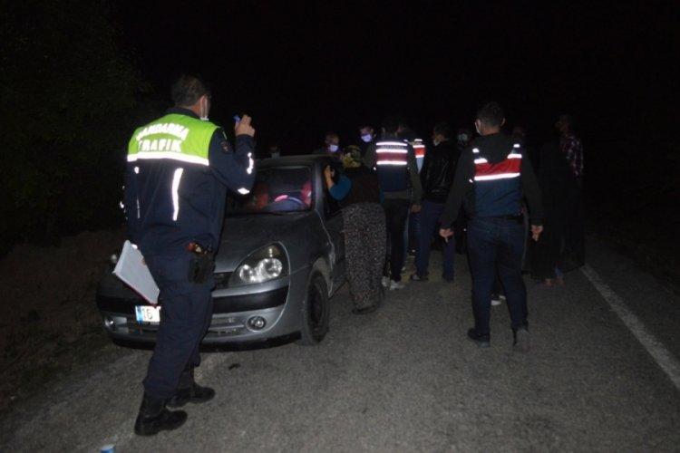Bursa'da yol kesip husumetlilerine saldırdılar: Yaralılar var