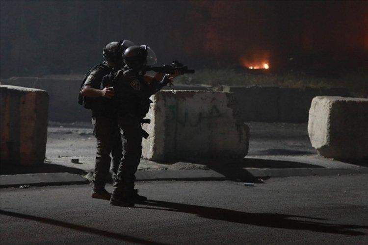 İsrail askerleri, Batı Şeria'daki Gazze'ye destek gösterilerine saldırdı