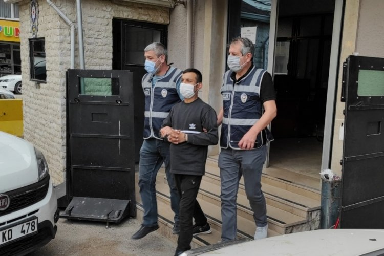 Bursa'da yüksek sesle müzik dinleyen komşusunu uyarınca öldürüldü