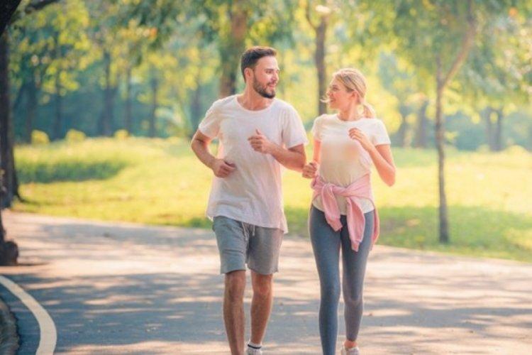 Araştırma: Günde 10 bin adım yerine 4 bin 400 adım atmak yeterli