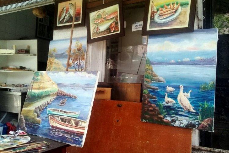 Bursa Mudanya'da 40 yıllık balıkçının resim aşkı