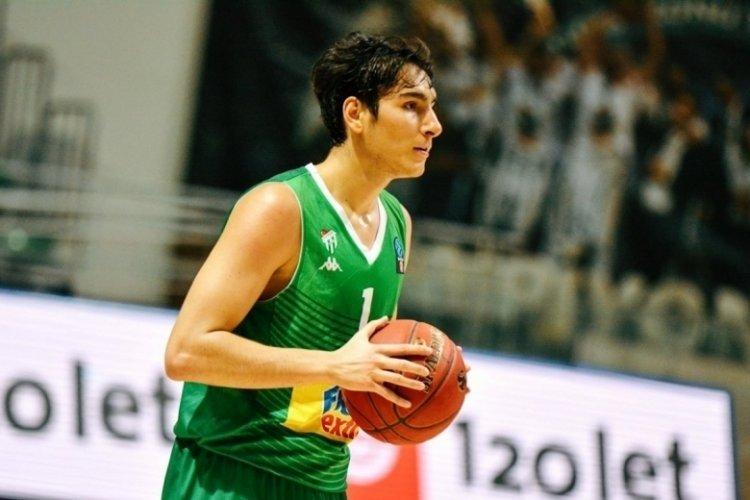Frutti Extra Bursaspor'un genç oyuncusu İlyasoğlu'na Milli davet