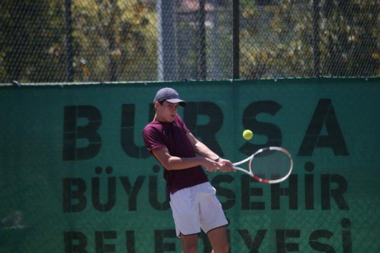 Tenis coşkusu Bursa'da sürüyor