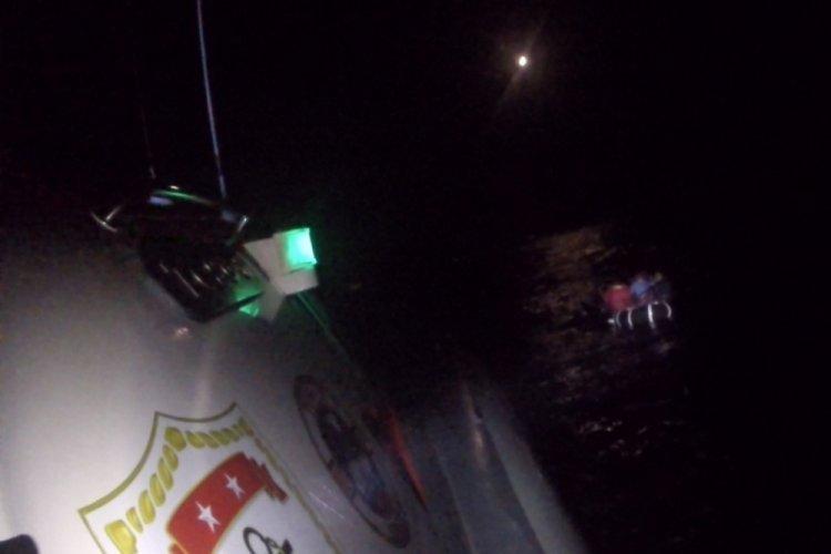 İzmir açıklarında 8 göçmen kurtarıldı
