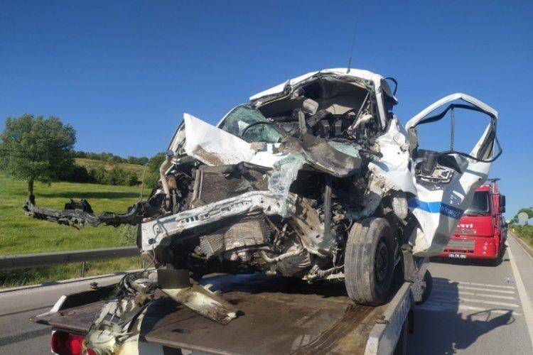 Zincirleme kaza: 4 kişi yaralandı