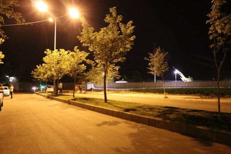 Batman ve Şırnak'ta askeri tesise saldırı girişimi
