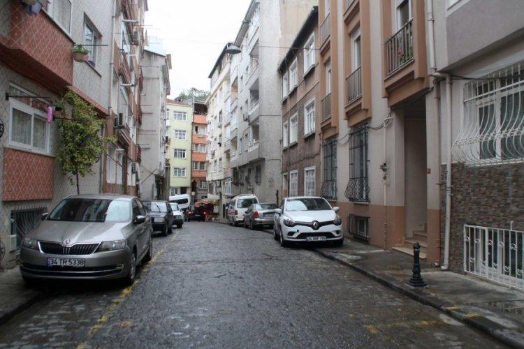 Sokak ortasında eski eşini kurşun yağmuruna tuttu