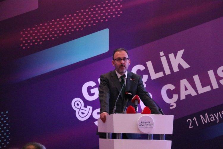 """Bakan Kasapoğlu: """"Pandemide dijital bağımlılık arttı"""""""